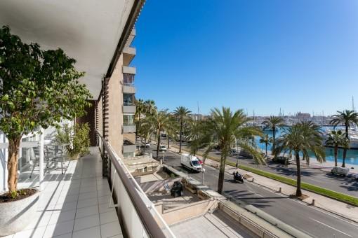 Schöne, helle und große Wohnung direkt am Paseo Maritimo mit Blick auf den Hafen Palmas