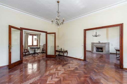 Elegante, charmante Wohnung im großzügigen 50er Jahre Stil in Toplage in Palma