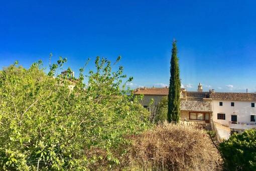 Kokettes Stadthaus mit Terrassen, Garage und Heizung in ruhiger Lage am Rande des Dorfes Caimari