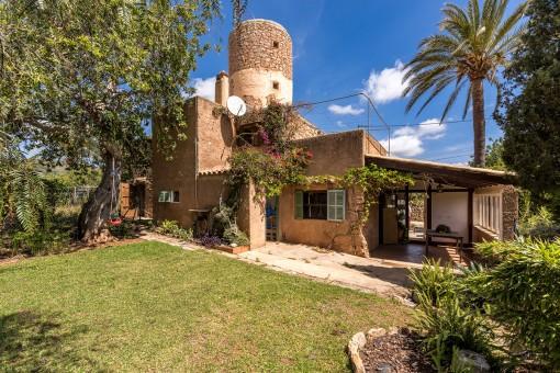 Charmante authentische Mühle mit 2 Wohneinheiten und Meerblick in S'Horta