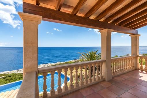 Balkon mit spektakulären Meerblick