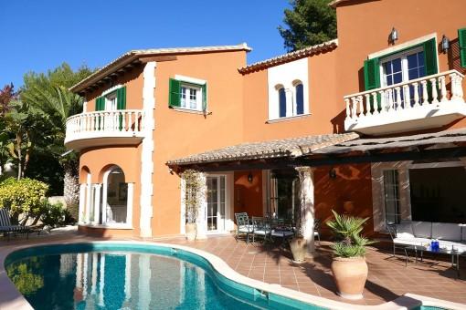 Traumhafte Villa mit idyllischen Außenbereich im Herzen von Port d'Andratx
