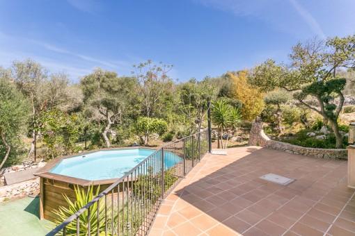 Wunderschöne Terrasse und mediterraner Garten
