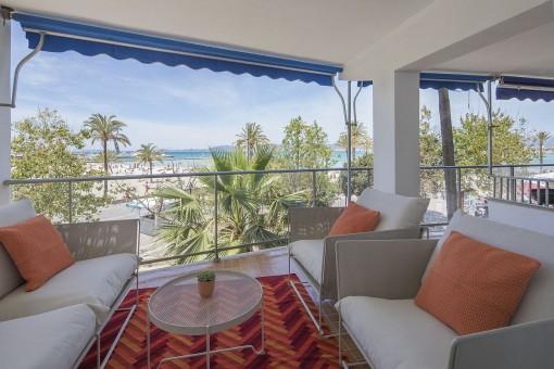 Mitten im Beach-Life - Luxuswohnung in erster Meereslinie in s'Arenal
