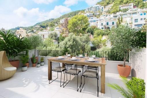 Schickes Reihenhaus in Genova mit Pool, großer Terrassenlandschaft und Teilmeerblick
