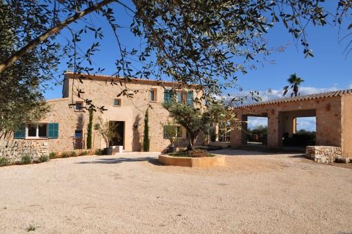 Schönes Landhaus mit Pool in der Nähe mehrerer toller Buchten und des Dorfes Santanyí