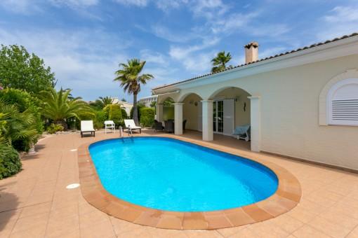 Traumhaftes Anwesen in Son Serra de Marina mit hervorragender Bauqualität und viel Privatsphäre