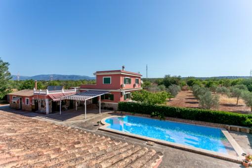 Große Finca nahe Palma mit 2 Gästehäuser