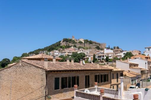 Toller Blick auf die Burg von Capdepera