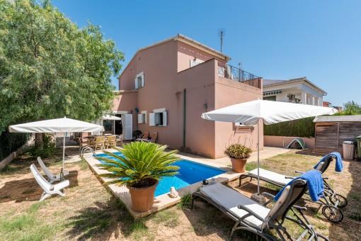 Gemütliches Einfamilienhaus mit Pool in Son Ferrer