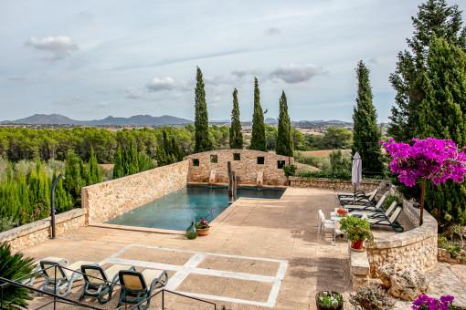 Authentisches mallorquinisches Anwesen, umgeben von Natur, mit Pool und Ferienlizenz für 8 Personen in Son Mas