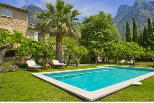 Große Natursteinfinca mit Pool und Heizung in Soller