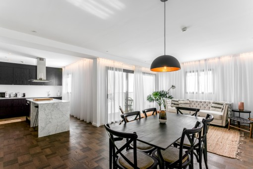 Meerblick-Wohnung in El Terreno mit Hotelservice, ein ausgezeichnetes Investitionsobjekt