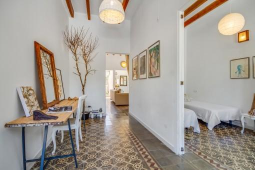 Attraktiver Eingangsbereich mit hohen Decken