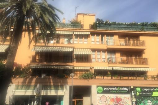 Zentral gelegene möblierte Wohnung mit Balkon und Stellpatz in Palma