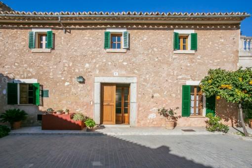 Original mallorquinisches Haus im Herzen Mallorcas mit Poolprojekt