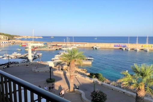 Geräumige, helle Wohnung in erster Meereslinie mit grandiosem Ausblick in Cala Ratjada