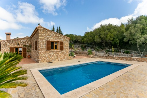 Wunderschöne, sehr gepflegte Steinfinca bei Son Servera mit großem Pool und viel Privatsphäre