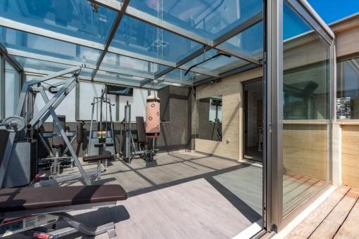 Wintergarten/Terrasse als Fitnessbereich