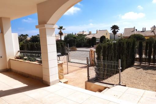Großzügiges Apartment mit Terrassen und kleinem Gartenanteil in Cala Murada