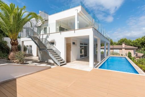 Kernsanierte Villa in exklusiver Wohngegend von Nova Santa Ponsa mit 360-Grad-Panoramablick