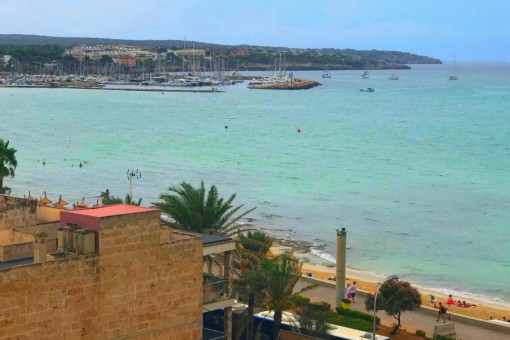 Helle, kürzlich renovierte Wohnung mit Meerblick direkt an der Playa de Palma