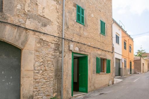 Kürzlich renoviertes, 3-stöckiges Stadthaus in zentraler Lage in Artá