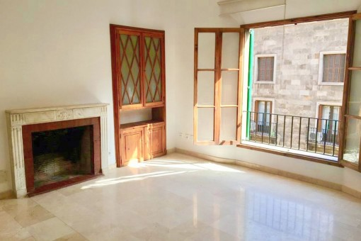 Top-renoviertes, unmöbliertes Apartment mit Balkon in zentraler und beliebter Altstadtlage von Palma