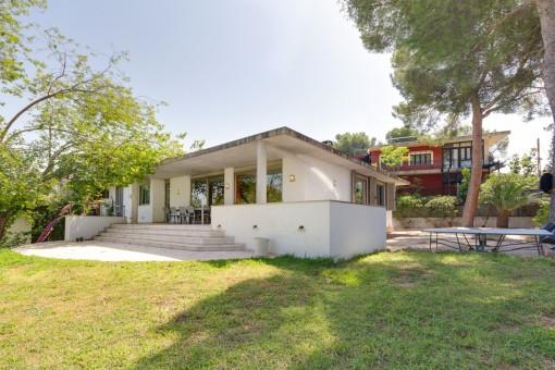 Haus auf einer Ebene in Strandnähe und mit Gästewohnung in Palmanova