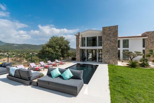 Designervilla in malerischer Umgebung in Es Capdella