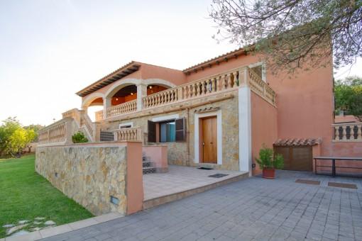 Große Villa mit Ferienvermietlizenz und wunderschönem Panoramablick in Bunyola