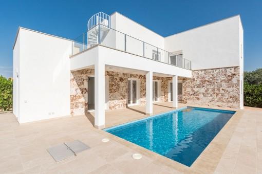 Neubau modernes Einfamilienhaus in der Nähe des bekannten Strandes von Es Trenc