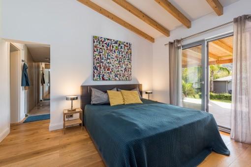 Doppelschlafzimmer mit Terrassenzugang