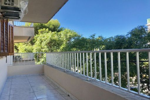Möbliertes Apartment mit Balkon in Strandnähe in Ciudad Jardin