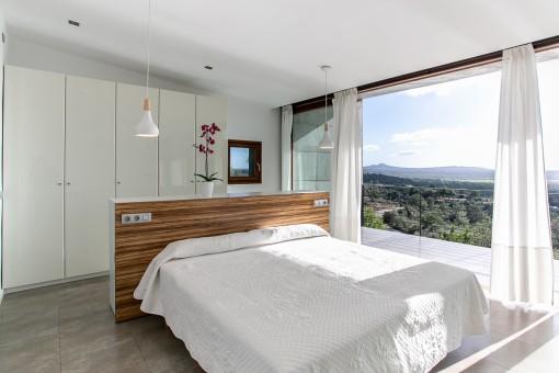 Hauptschlafzimmer mit Panoramablick