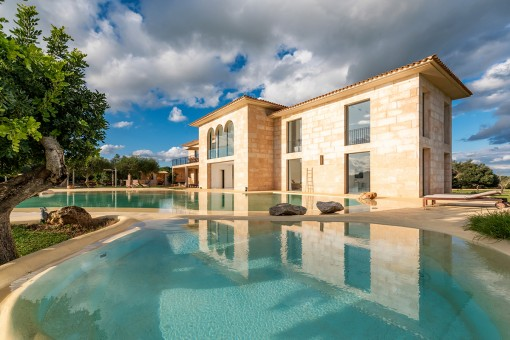 Einzigartiges, modernes Landhaus mit Pool und traumhafter Aussicht in Ses Salines