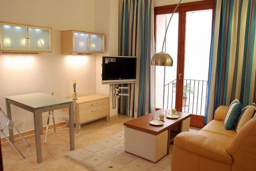 Klein, aber fein: stilvoll möblierte Wohnung mit Patio in zentraler und ruhiger Altstadt-Lage Palmas