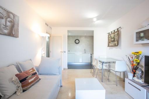 Kleines Apartment mit Gemeinschaftspool in Port Andratx