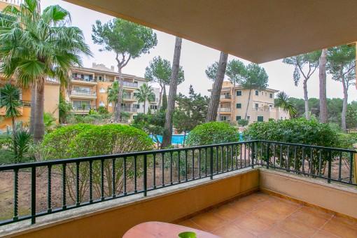 Wohnung in perfektem Zustand, in einer großen Anlage mit Pool und Garten, 200 Meter vom Strand in Cala Ratjada entfernt