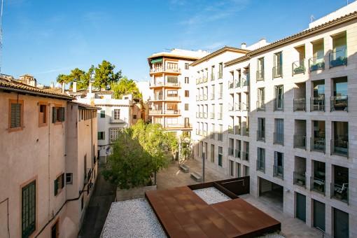 Lichtdurchflutete, große Luxuswohnung mit Stellplatz in ruhger Altstadtlage Palmas nahe Ramblas