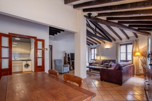 Stilvoller Altbau: top-renoviertes Penthaus-Apartment mitten in der Altstadt Palmas