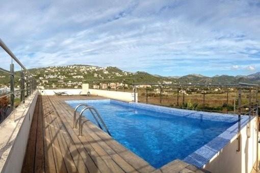 Apartment mit Pool direkt in Port Andratx