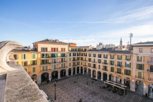 Sonnige Wohnung mit kleinem Balkon und Gemeinschaftsdachterrasse im Herzen von Palma
