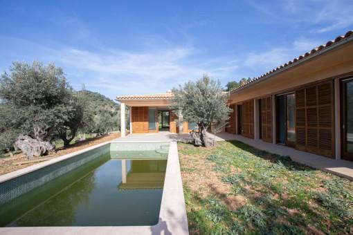 Neu erbaute Finca in idyllischer Umgebung in Estellencs