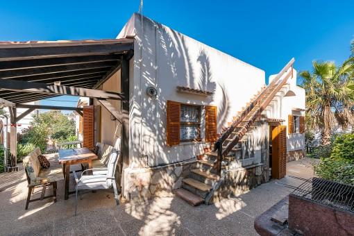 Freistehende Villa mit viel Potential zum renovieren, nur 5 Minuten vom vom Strand in Cala Santanyi