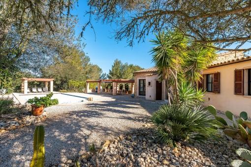 Exklusives Anwesen mit Pool und 2 separate Gästehäusern mit fantastischen Weitblick in Montuiri
