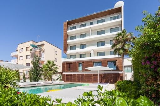 Moderne 3-SZ Wohnung in Cala Major mit Parkplatz und Gemeinschaftspool