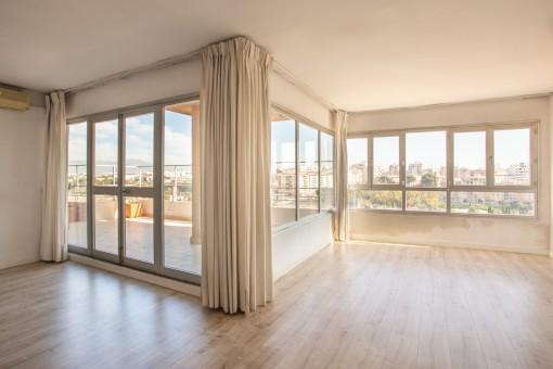 Maisonette-Penthouse mit herrlichem Panoramablick in Palma