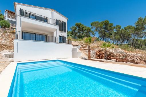 Neubau-Villa mit privatem Pool in Strandnähe in Cala Santanyí