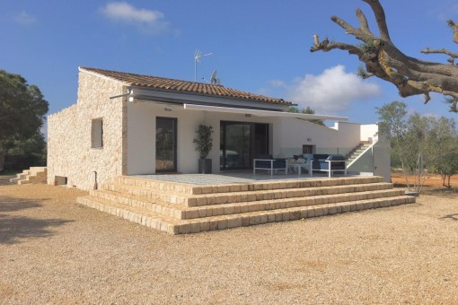 Kürzlich fertiggestellte Finca mit 5 Schlafzimmern in Llucmajor